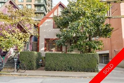431 Helmcken St, Yaletown, Vancouver Heritage House: 3 bedroom, 2 bathroom 2,295 sq.ft.